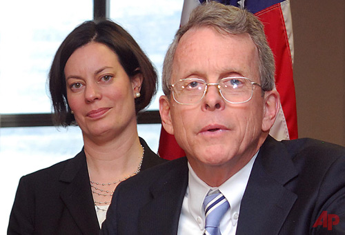 -In this file photo from Sunday, March 17, 2013, Ohio Attorney General Mike DeWine, right, answers questions about the successful prosecution of two juveniles in a rape case during a news conference at the Jefferson County Justice Center in Steubenville, Ohio.  Photo / AP Steubenville Herald-Star, Michael D. McElwain, Pool