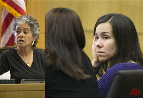Dr. Miccio Fonseca, a clinical psychologist, a witness for the defense talks to the jury during the sentencing phase of the Jodi Arias trial at Maricopa County Superior Court in Phoenix on Wednesday, Nov. 12, 2014. Arias was found guilty of murder last year in the 2008 killing of ex-boyfriend Travis Alexander at his suburban Phoenix home, but jurors deadlocked on whether she should be sentenced to death or life in prison. (AP Photo/The Arizona Republic, David Wallace, Pool)