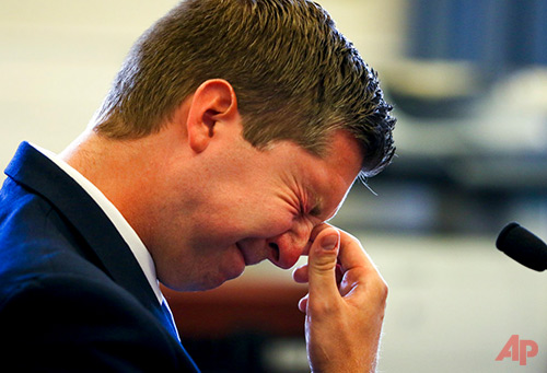 Ray Tensing, the former University of Cincinnati police officer, testifies on the seventh day of his retrial in Hamilton County Common Pleas Judge Leslie Ghiz's courtroom Friday, June 16, 2017, at the Hamilton County Courthouse in Cincinnati. Tensing, the former University of Cincinnati police officer, is charged with murdering Sam DuBose during a routine traffic stop on July 19, 2015. Tensing's lawyer, Stew Mathews, has said Tensing fired a single shot. (Cara Owsley/The Cincinnati Enquirer, via AP, Pool)